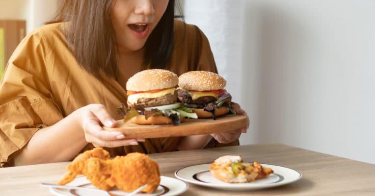 Binge-Eating · Das solltest du über die Essstörung wissen 5