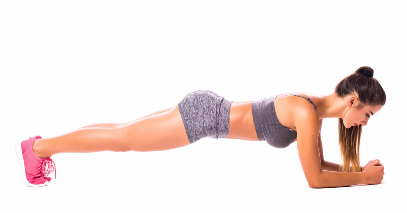 Planks - Everything you need to know about the practice classics -  FitnFemale®